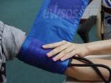 跟我学保健系列61:使用血压计量血压方法图解