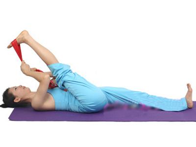 瑜伽拉伸动作 轻松瘦全身