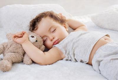 健康宝宝从睡姿开始