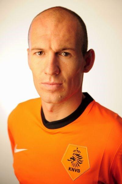 足球明星:罗本