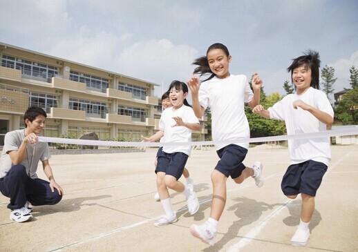 青春期多动运 有助增高