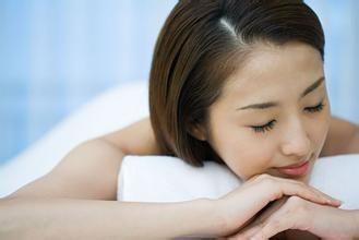 怎樣消除黑眼圈 飲食+睡眠