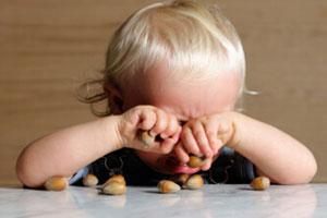 宝宝是个爱哭鬼怎么办?